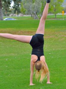 Khloe Acrobatics In Public Picture 6