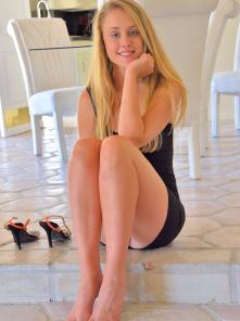 Victoria Six Feet With Heels Picture 1